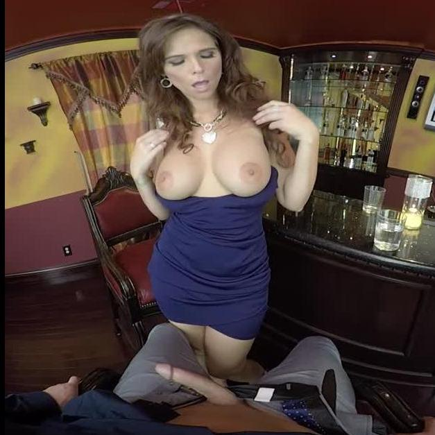 Hot Cougar Bartender Shows Her Sexual Prowess