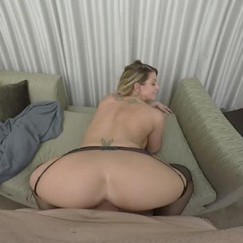 Pornstar Brooklyn Chase Gets Her Bubble Butts Rammed